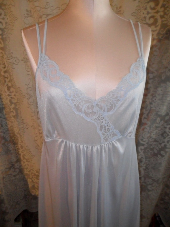 Vintage Nightgown Lorraine Blue Large Sweep Negligee Size Large