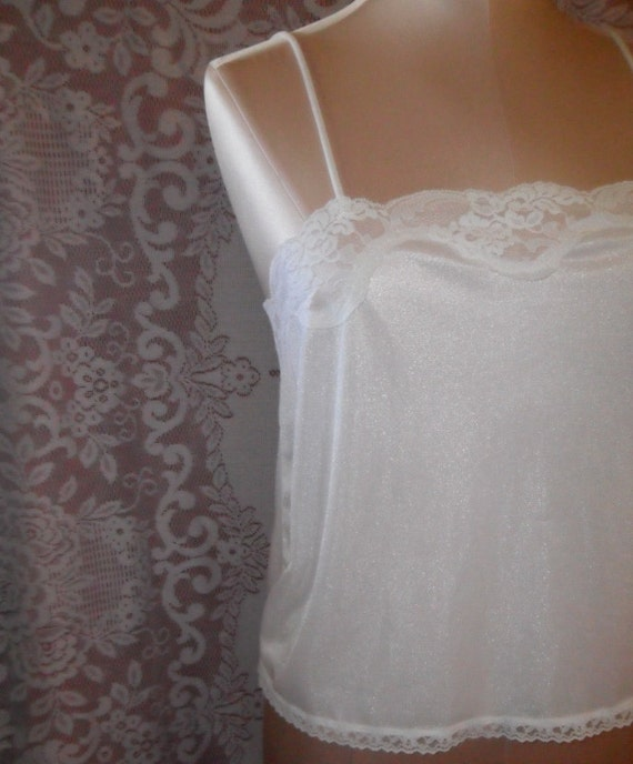 Vintage Camisole White Private Treasures by Avon Size Small Bridal Wedding