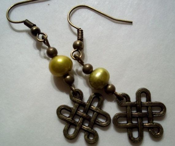 Gold Pearl Knot Earrings