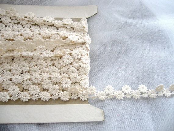 1 yard 19 inches of sunflower ivory lace trim embroidery (W052)