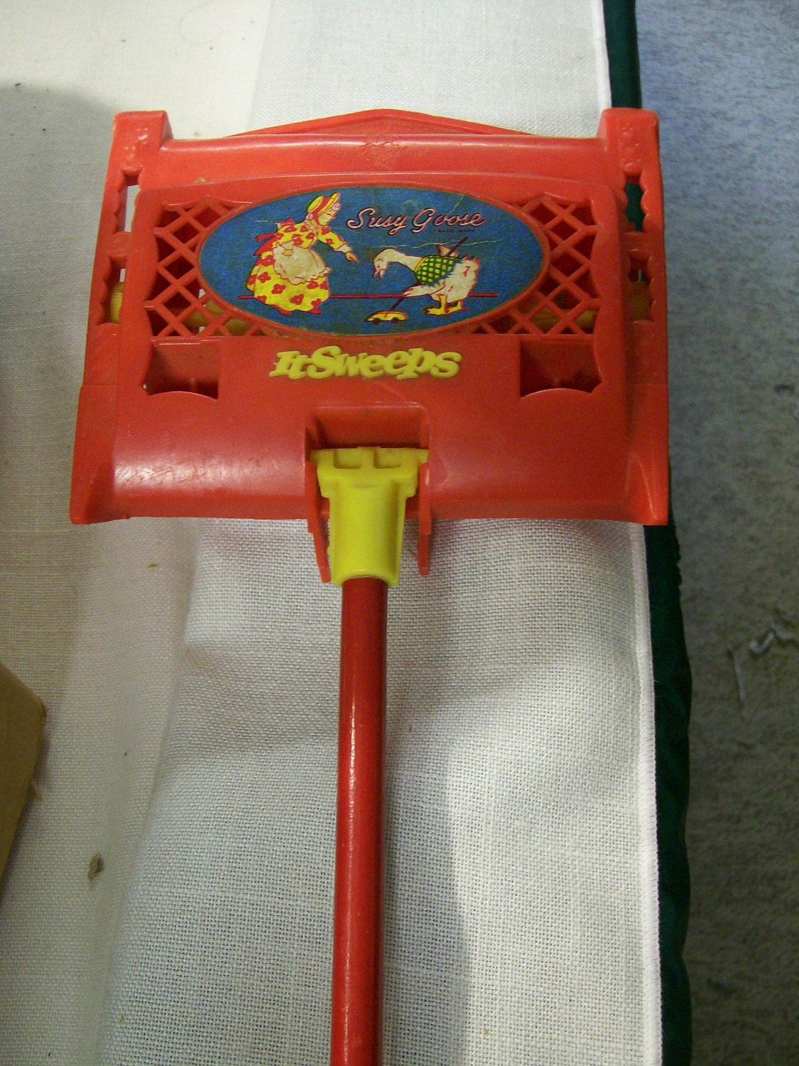 Vintage Childs Toy Carpet Sweeper From Susy Goose Toys 1950s