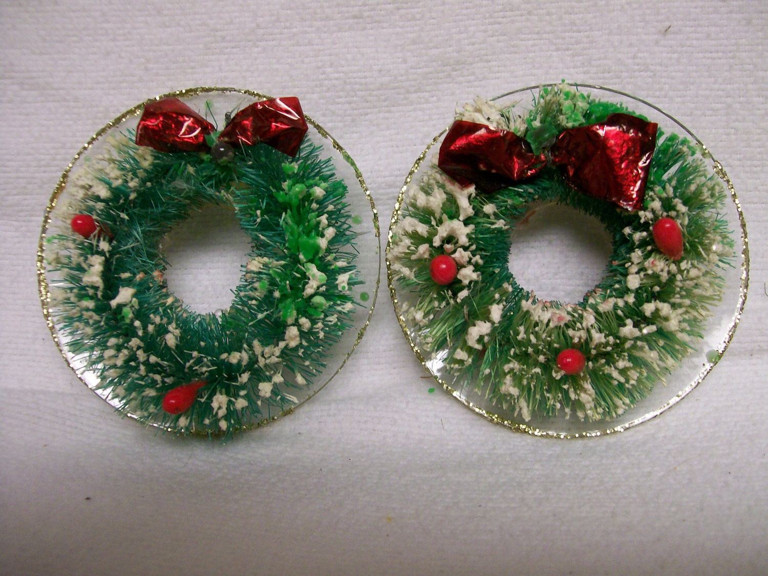 Bottle Brush CANDLE RINGS Christmas Wreath Candle Rings 1960s