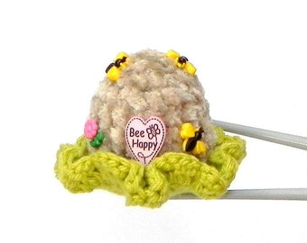 Amigurumi MochiQtie / pincushion - Sweet bee home - Mochi size toy / pincushion