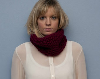Knitted Strawberry Neck Warmer