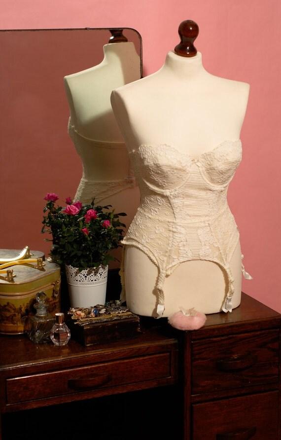 Matching Vintage Ivory Floral Corset & Suspender Belt, Basque - U.K Size 32C