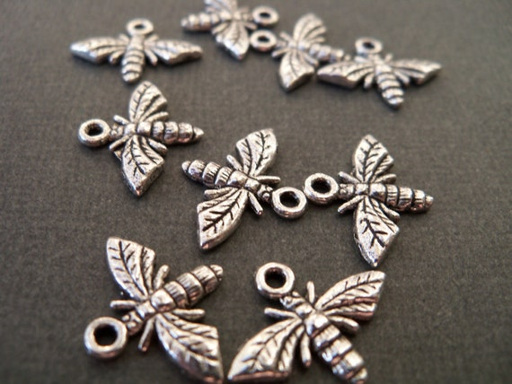 Antiqued Silver Bee Charms, 16 pcs