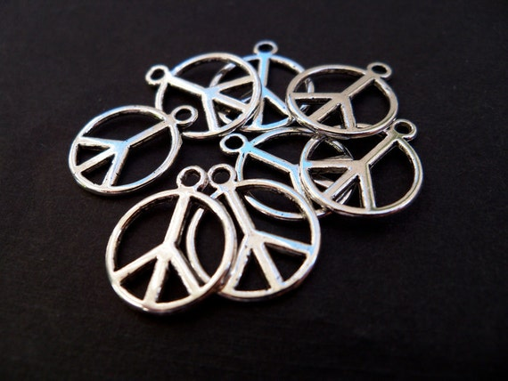 Antiqued Silver Peace Sign Charms, 14 mm, 10 pcs