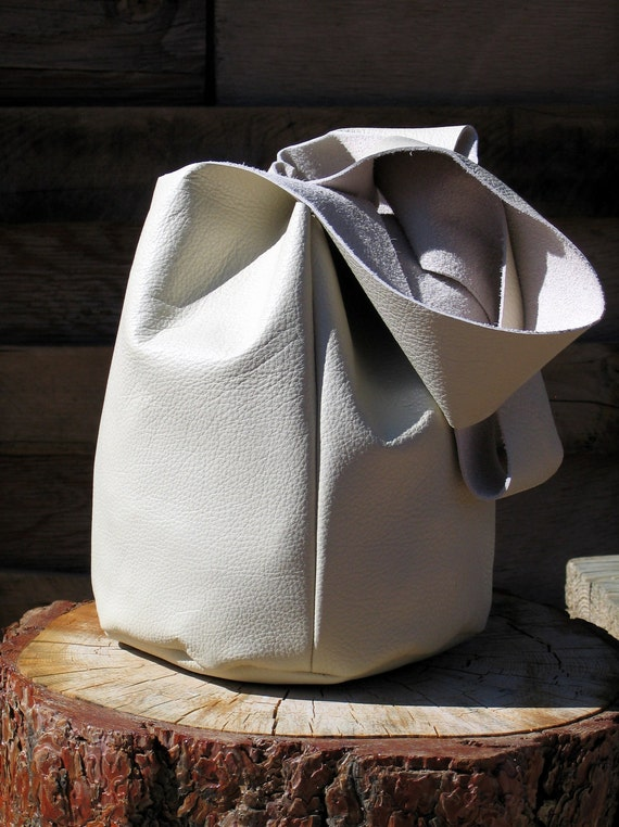 The Zen Bag- Minimalist Ivory Leather Tote