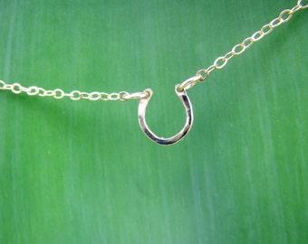 14K Gold filled Hammered Dainty Horseshoe Bracelet - Bridesmaid Jewelry