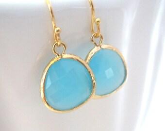 Ocean Blue Earrings, Glass, Gold Blue, Dangle, Light Blue, Aqua, Turquoise, Bridesmaid Earrings, Bridal Earrings Jewelry, Bridesmaid Gifts