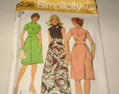 Simplicity 5236 Miss size 14