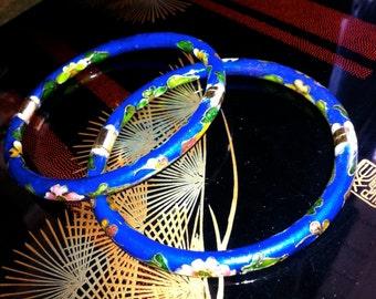 Pair of Chinese cobalt blue hinged cloisonne enamel bracelets