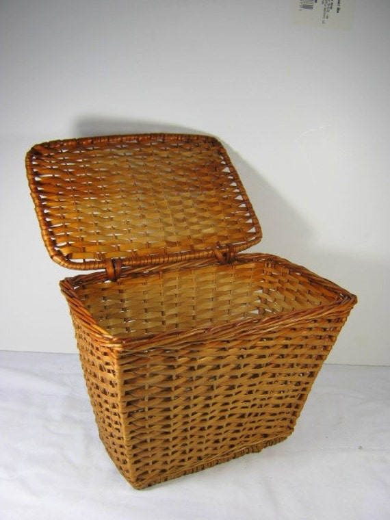 Vintage Wicker Basket Attached Lid Storage Desk Organizer Kitchen