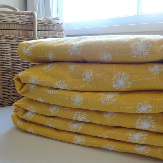 Waterproof Picnic Blanket, Oversized Stumptown Original, Yellow Dandelion