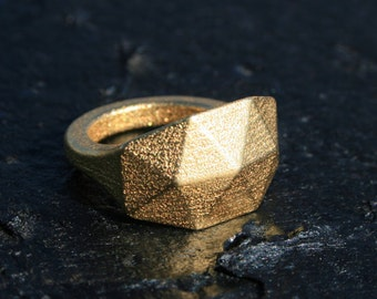 GEO RAW - Yello gold faceted modern geometric 3D printed ring