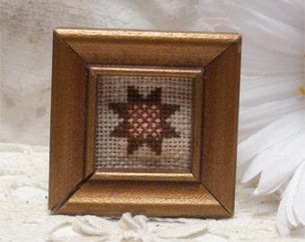 Miniature Picture-Dollhouse Quilt Cross stitich 2 inch