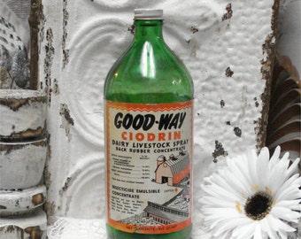 Vintage Green Bottle GOOD WAY CIODRIN Insecticide Dairy Livestock Barn Farm Adv
