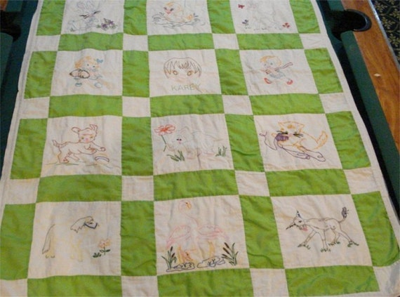 Vintage Embroidery 58 x 37 Baby QUILT Lime Animals NICE