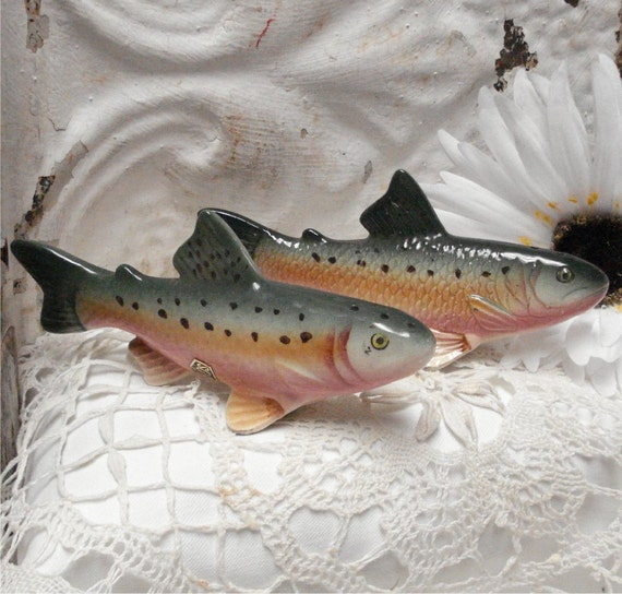 "5"" Rainbow Trout Fish Shakers Sonsco"