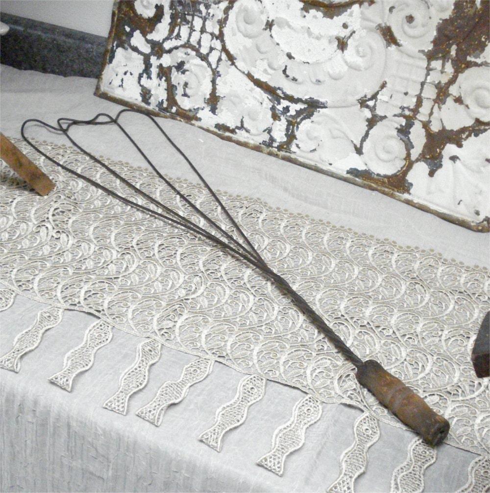 28 Antique Rug Beater