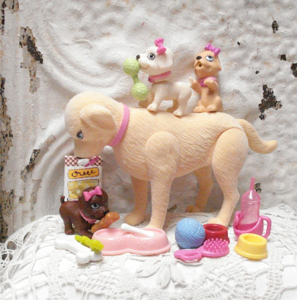 Barbie Dog TAFFY and 3 Puppies Magnetic Drinks Wets