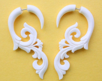 HANYA Floral Curls - Hand Carved Fake Gauge Earrings - Natural White Bone