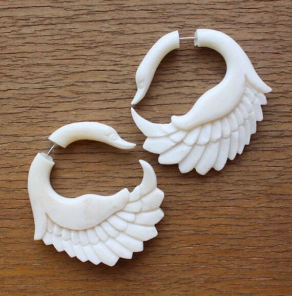 JAYA Swan Earrings - Natural White Bone - Organic Fake Gauges
