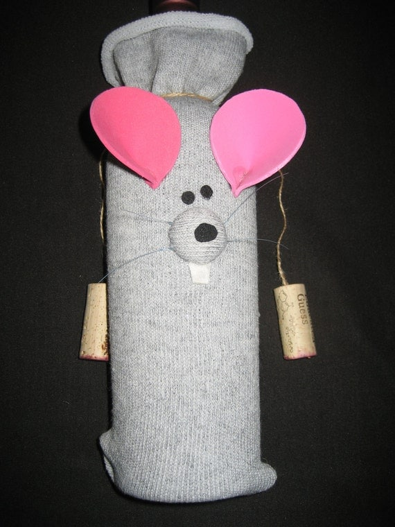 wine bottle cozy - mouse with whiskers