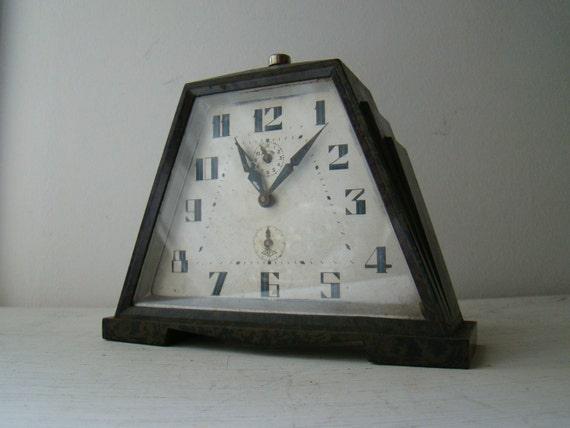 "art deco wind up alarm clock ""japy"""