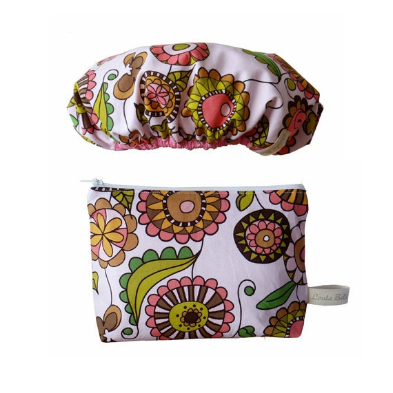 NOW REDUCED Wash Bag and Shower Cap Gift Set - Pink Posies