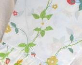 Vintage Utica Strawberry flat sheet