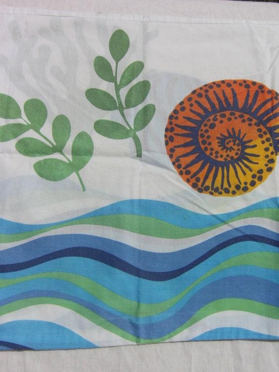Vintage Beachy Standard Pillowcase