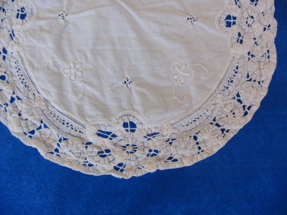 Vintage Linen Doily with Pulled Thread and Embroidery