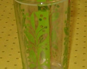 "Vintage Swanky Swig Drinking Glass Tumbler, 4""H, Green Vines and Leaves w Berries Design, 1940's or Earlier"