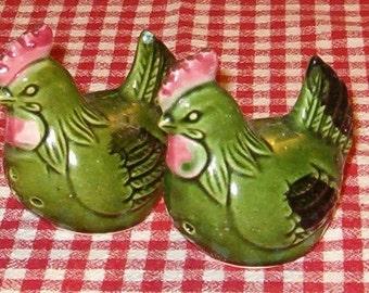 Vintage Japan Salt & Pepper, Green Chickens