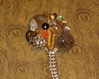 "Vintage Button Pin, Gorgeous Old Buttons, Dangle Charms & Rhinestones 1980's, 5""L"