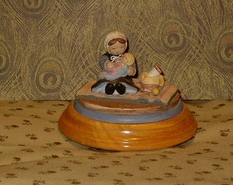 "Vintage Music Box, Precious Moments, Amish Girl w Baby, Lullabye Music, 4""W"
