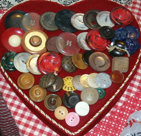 Vintage Buttons, Mostly Large Size, Many,  Make Something Great