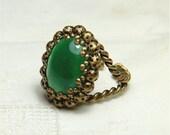 Vintage Green Cabochon Ring