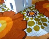 70's vintage floral rectangular table cloth