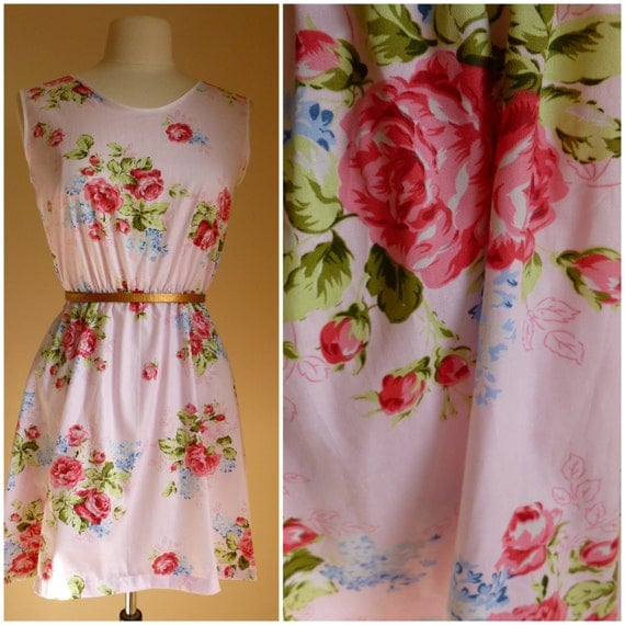 Vintage floral 1950's inspired summer dress. Handmade cotton tea dress. XS,S,M,L