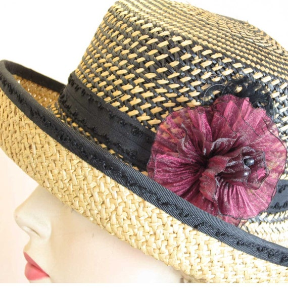 Genuine Panama straw hat with detachable flower and Victorian button