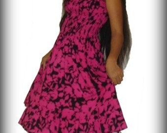 Floral 50s Dress - Summer Style in Black and Red