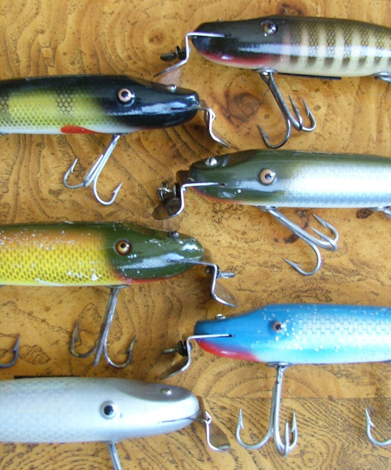 Antique fishing lure collection vintage creek chub bait by for Fishing lure collection