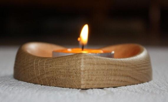 """Wood carved tea light holder """"Oak Heart"""""""