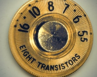 "RADIO TUNING DIAL vintage design 2.25"" large Round Fridge Magnet"