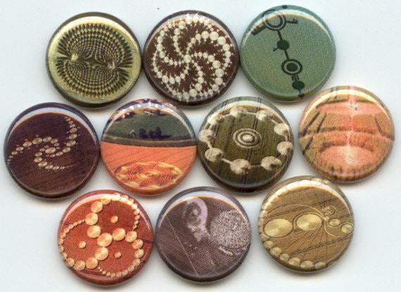 "CROP CIRCLES 10  Pinback 1"" Buttons Badges Pins"