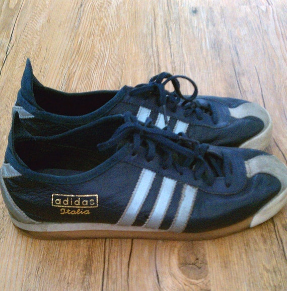 adidas trainers classics