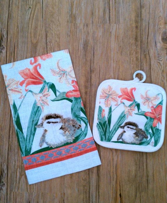 Vintage Linen Tea Towel / Vintage Stevens Linen Towel - Duck and Lilies Linen Tea Set