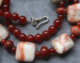 Red Net Jasper and Carnelian Necklace, Red Jewellery Gift, Lightweight Summer Beads, Warm Colors, Vibrant Orange